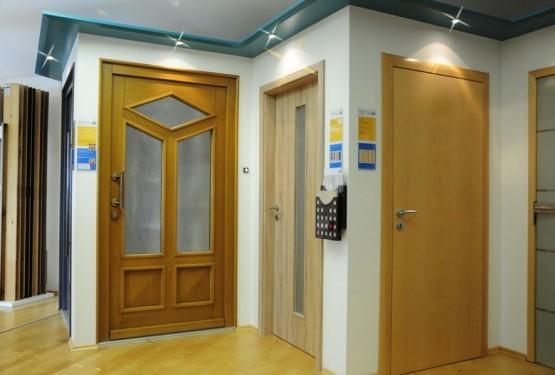 Zimmertüren und Haustüren